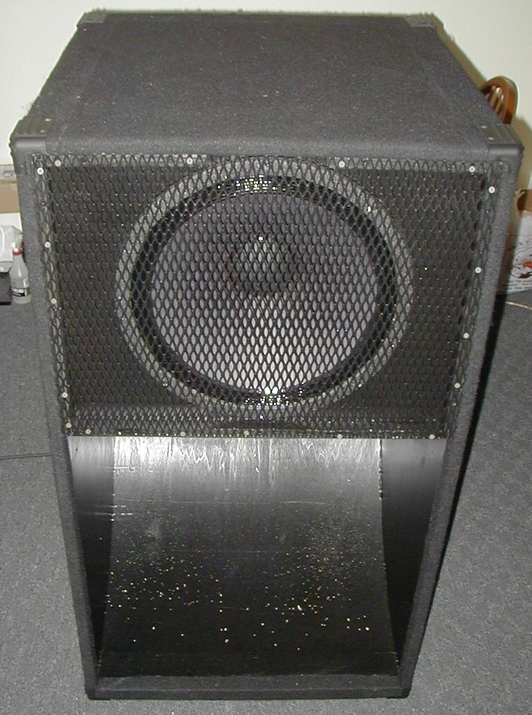 Scoops Amp Bass Horns